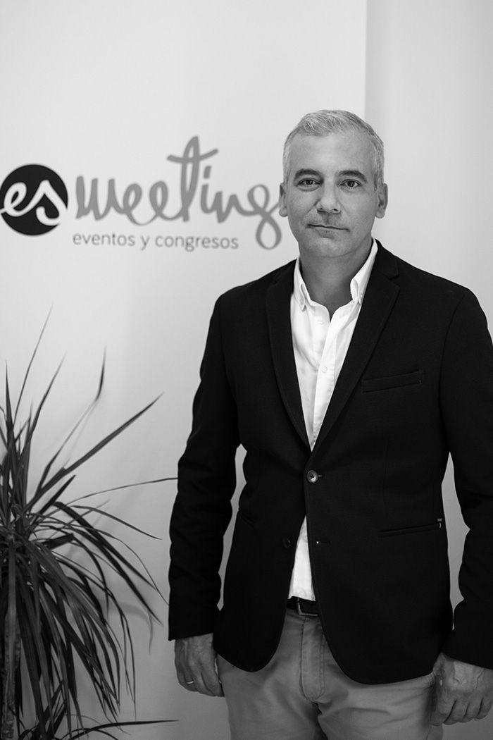 Enrique Castilla Cabrera - CEO de Esmeeting Eventos y Congresos